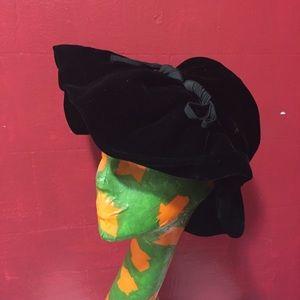 Vintage Joseph Magnin velvet hat